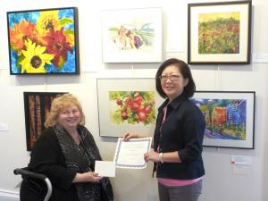 Betty Wong Receives Best Watercolour Award